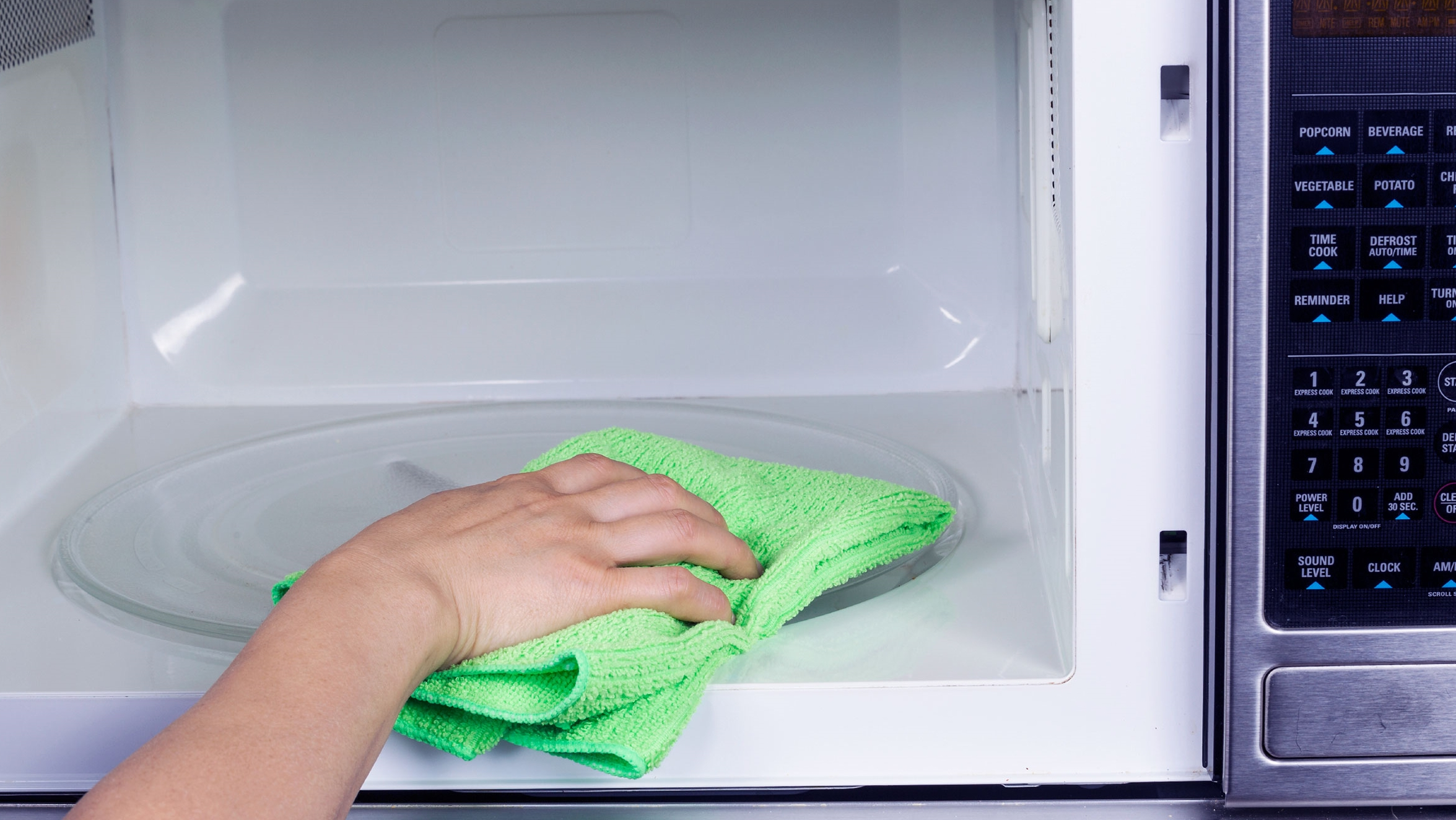 Keep Your Microwave Clean